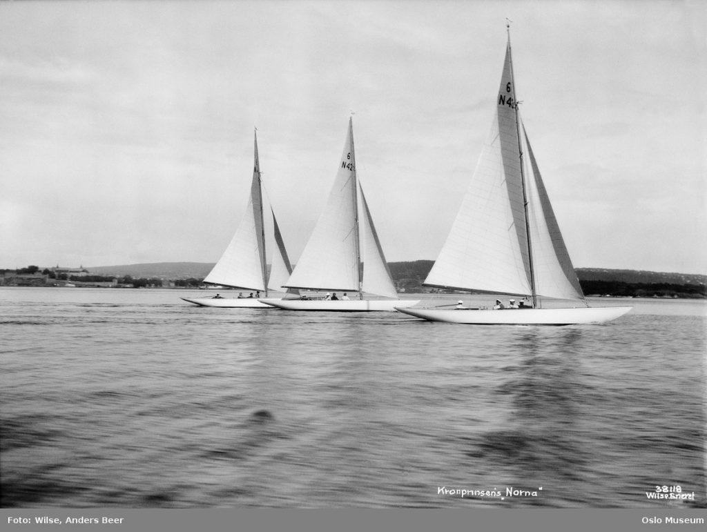 Tre 6 meter seilbåter